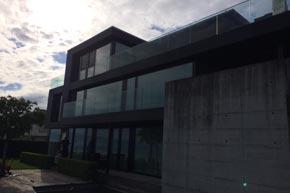 Komplette Terrassenböden-, Treppen-, Fenster- und Aussenreinigung, Villa, Wollerau SZ