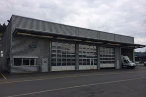 Oblicht- und Vordachrinigung, Werkstatthalle, Schmerikon SG