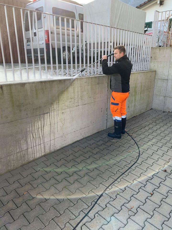 Fassadenreinigung mit Hochdruckreiniger